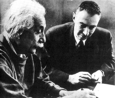 Einstein a Oppenheimer - atómový vek začína